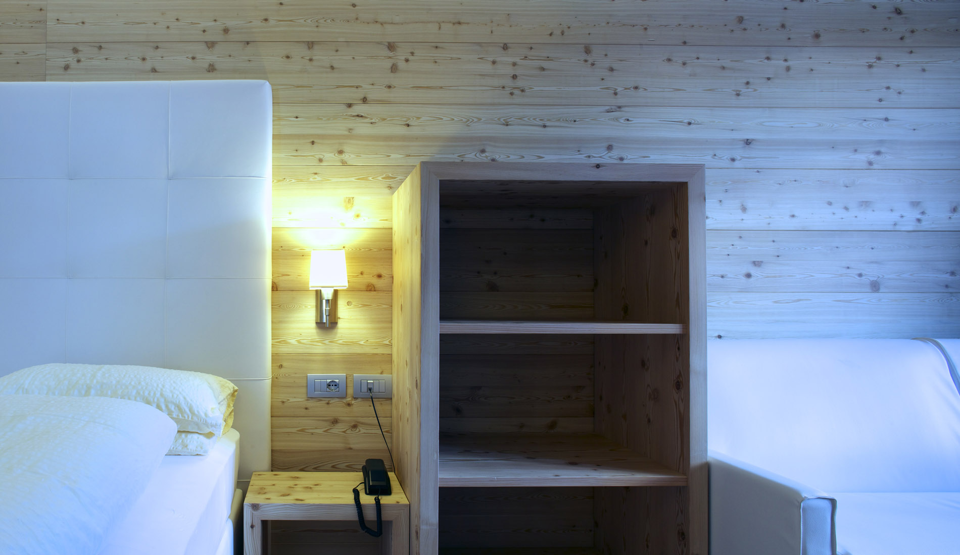 Camere superior per vacanze in trentino hotel costabella - Alberghi con camere a tema ...